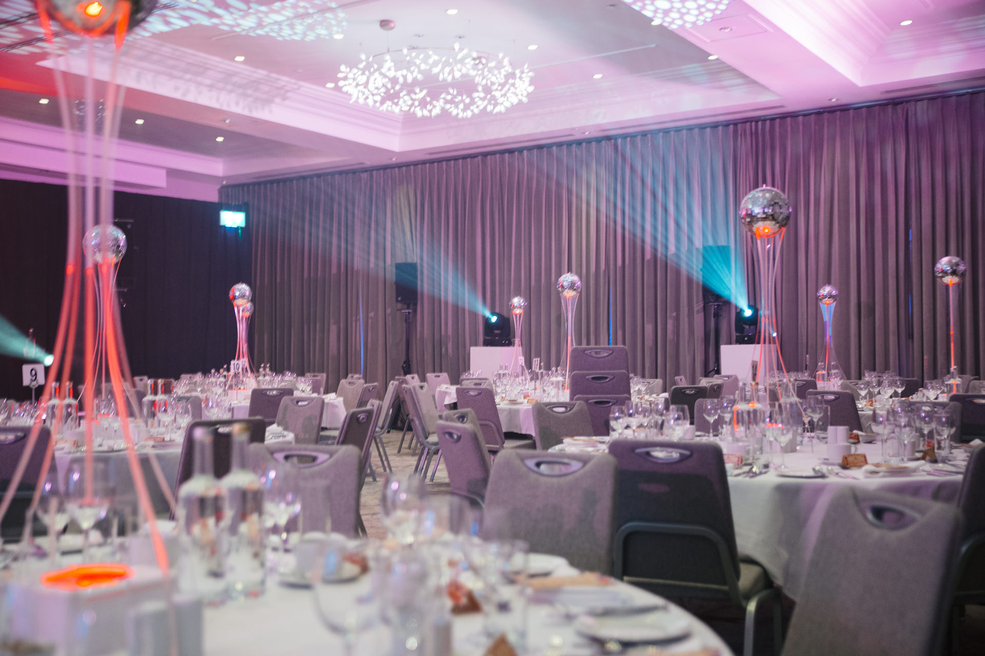 marriot hotel london regents park tables set up