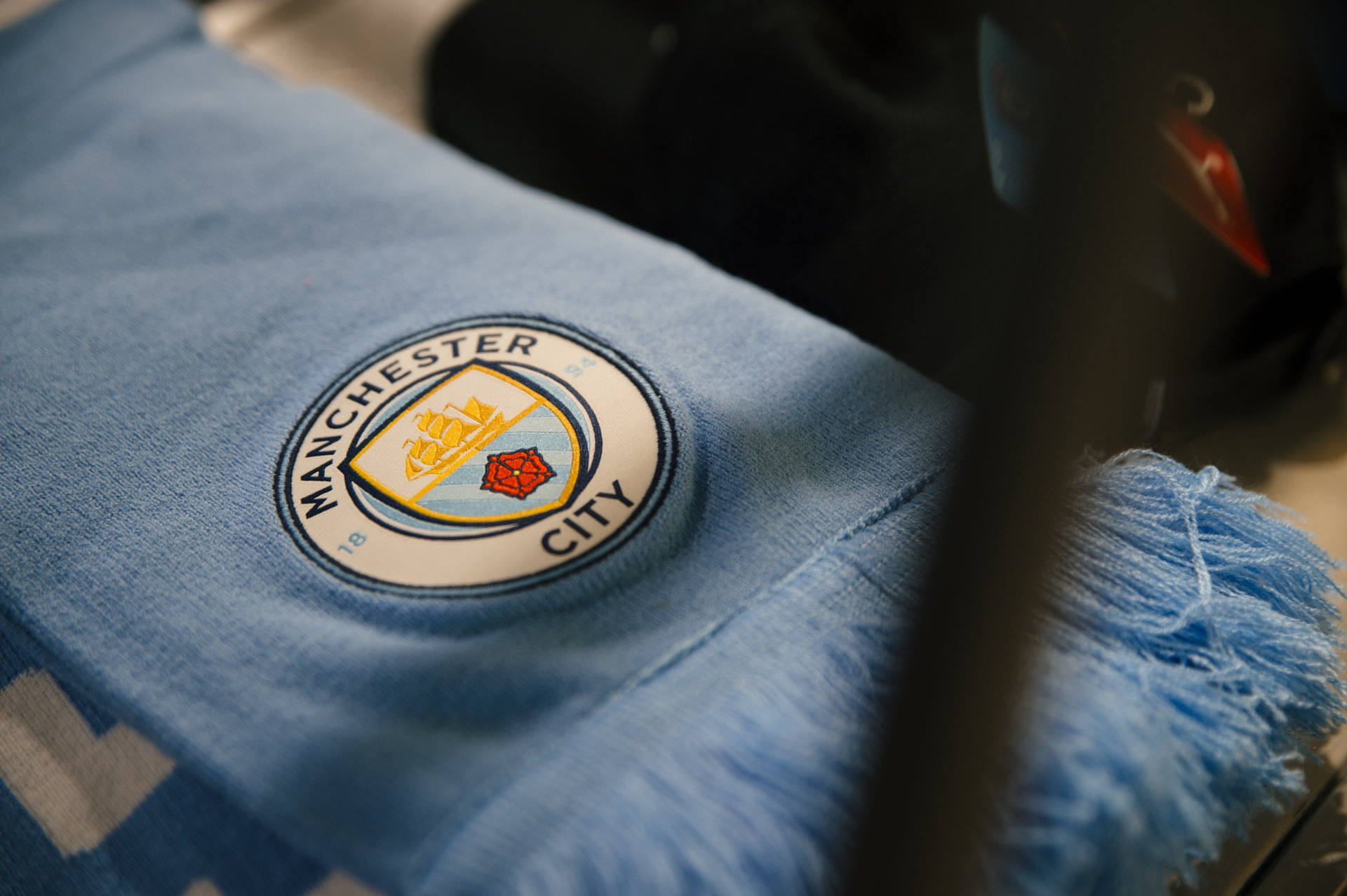 manchester city scarf details