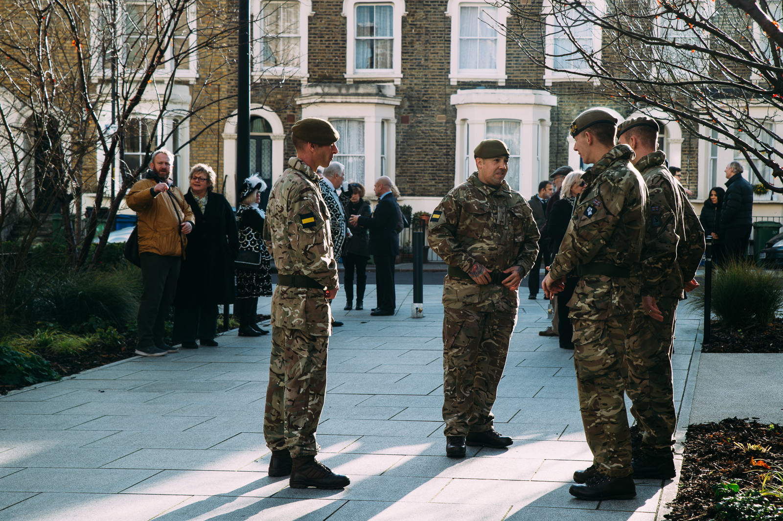 uk soldiers on the street